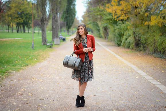 Catty-seventies-trend-dress-Bulgaria-Mall-Denina-Martin-9