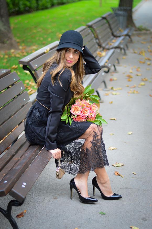 Retro-Lady-in-Black-Liu-Jo-Bulgaria-Mall-Denina-Martin-4