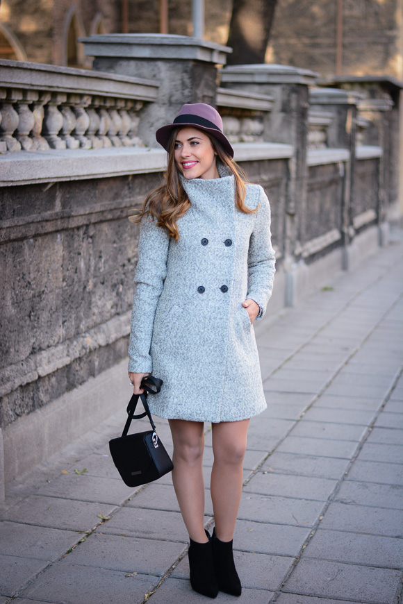 Grey-Coat-Trend-Fashion-days-Denina-Martin-12