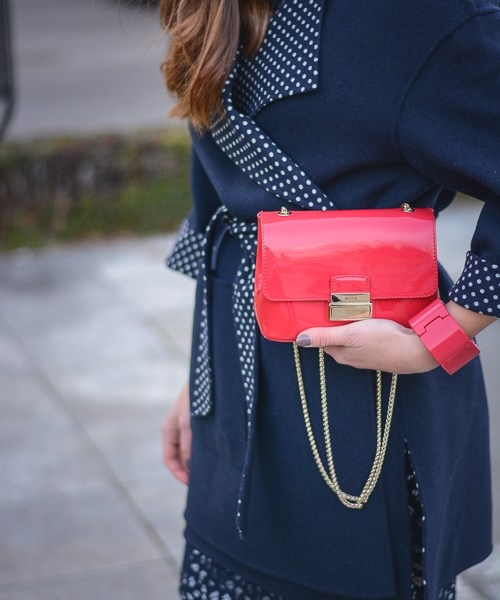 Denina Martin and her love for navy styled in an outfit by Week&Shop MDL