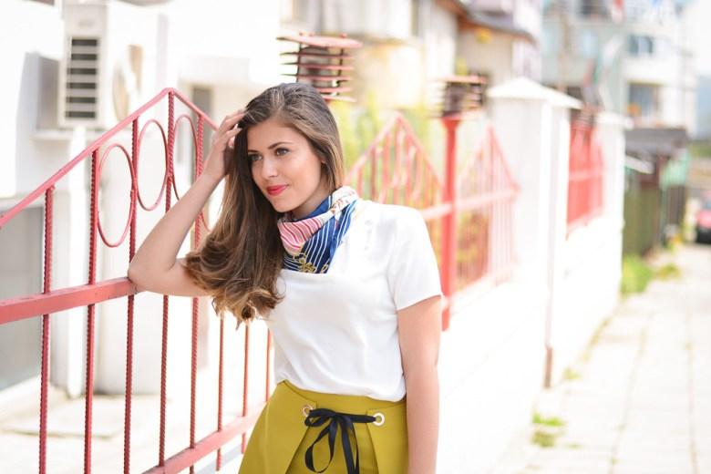 Fashion Blogger Denina Martin styling a wrap skirt