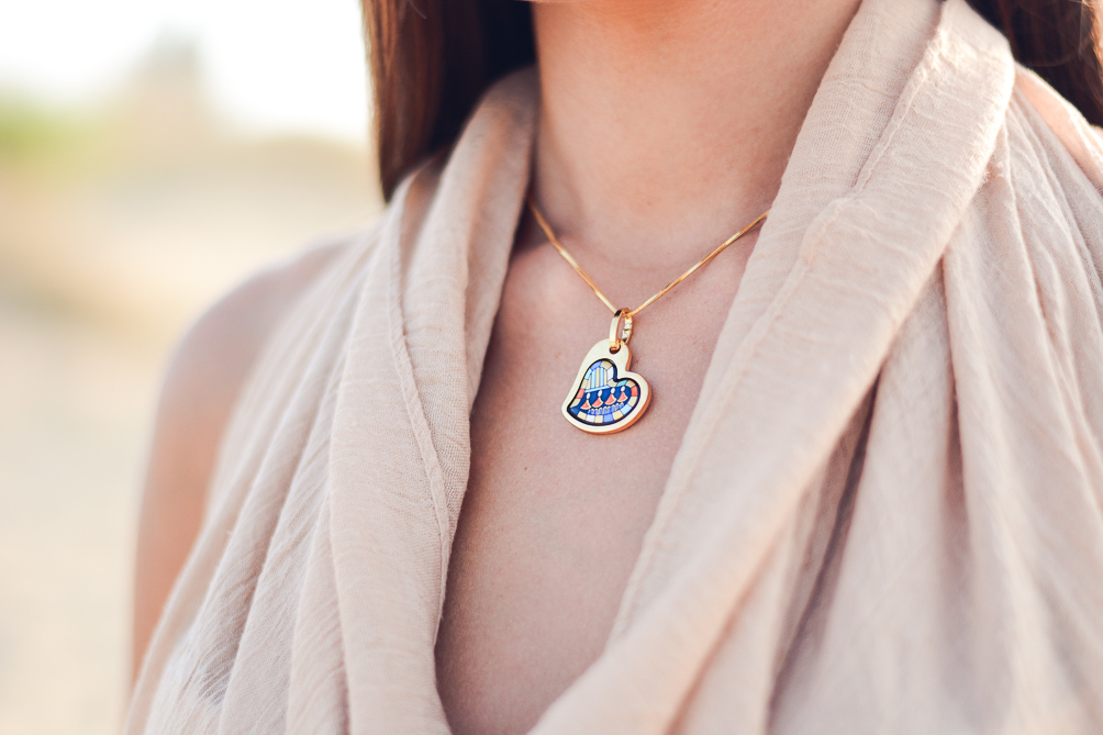 Pharaoh Freywille Heart Necklace