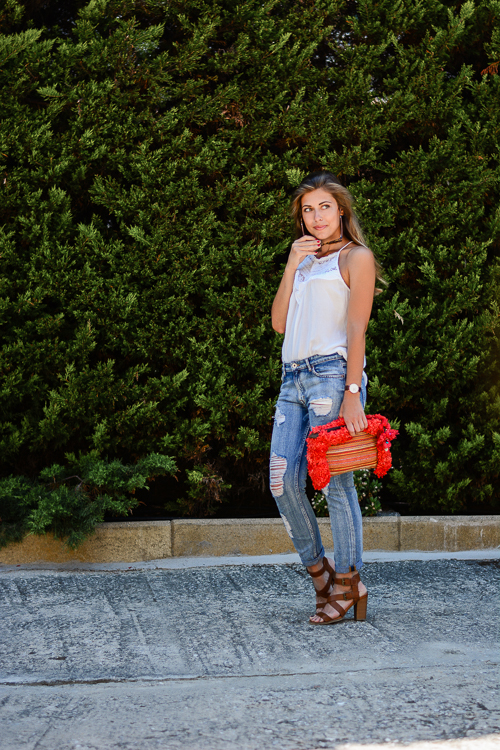 Ripped Jeans Transitional Look