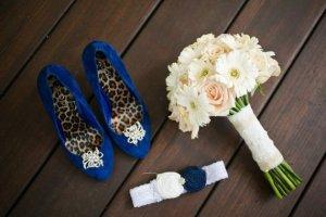 Букет и подвязка на свадьбе у невесты, традиции на свадьбе