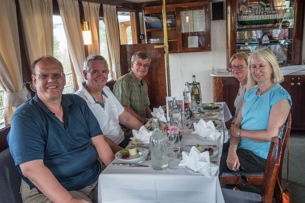 The English speakers: clockwise, Karel, Jeff, Tom, Annie, and Debra.