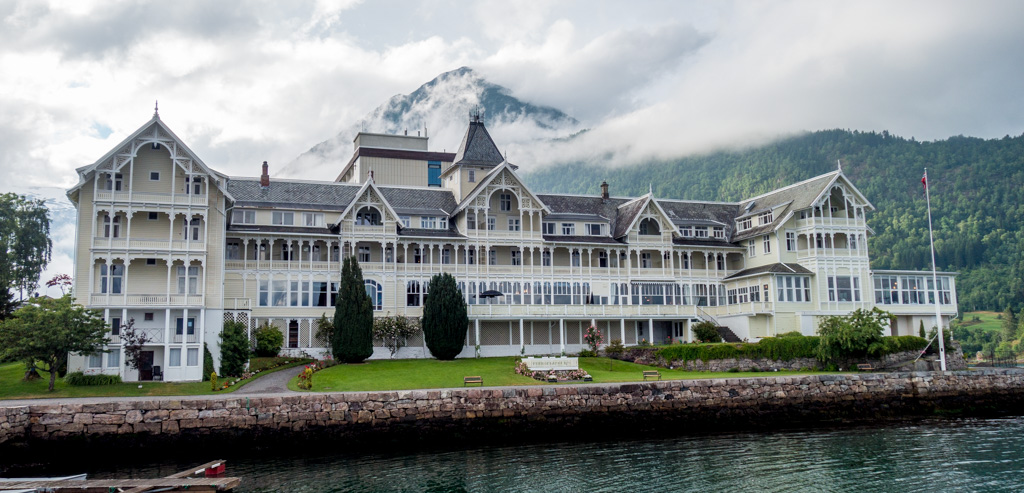 Our fabulous hotel in Balestrand.