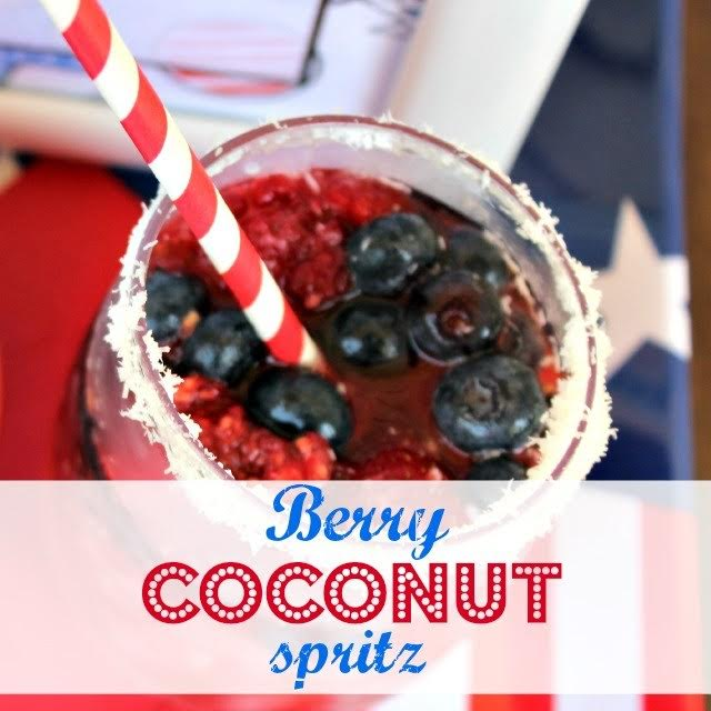Super yummy 4th of July Cocktail!