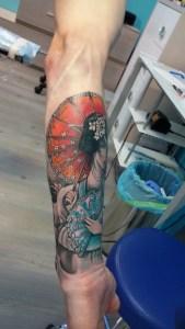 tatuaggio geisha con ombrello