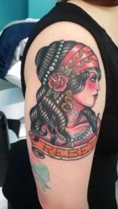 Tatuaggio ragazza ribelle