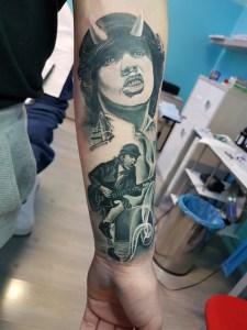 Tatuaggio AC DC