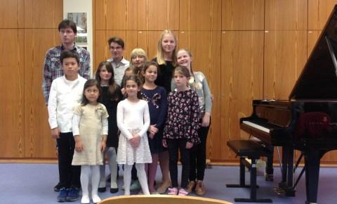 """Samstag, 4.5.2019, 14-17 Uhr  – Schülerkonzert """"Junge Talente!"""""""