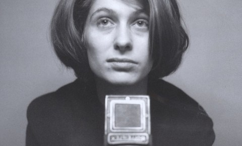 """Dienstag, 7.8.2018, 19:30 Uhr """"Die Frau mit der Kamera – Porträt der Fotografin Abisag Tüllmann"""" ins naxos.KINO verlegt"""