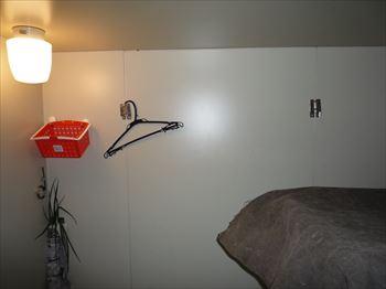 プレハブ冷蔵庫内照明電源接続