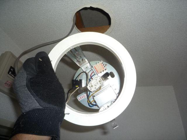 ダウンライト照明器具