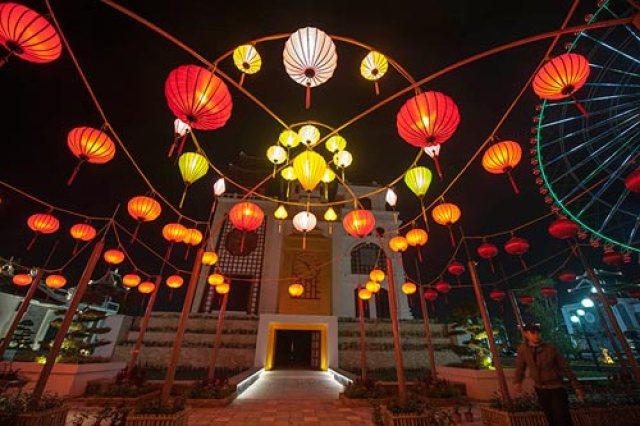 Đèn lồng Hội An trang trí sự kiện ngoài trời