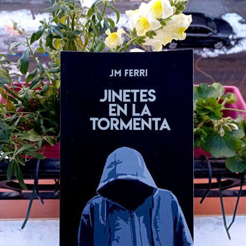 Portada de «Jinetes en la tormenta», de JM Ferri. Autoeditado.