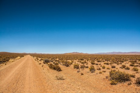 dirt-road-from-la-quiaca