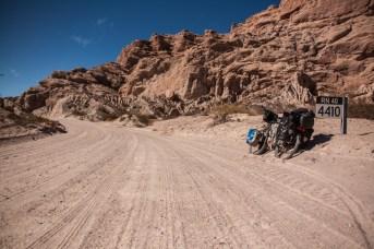 sandy-road-nice-scenery