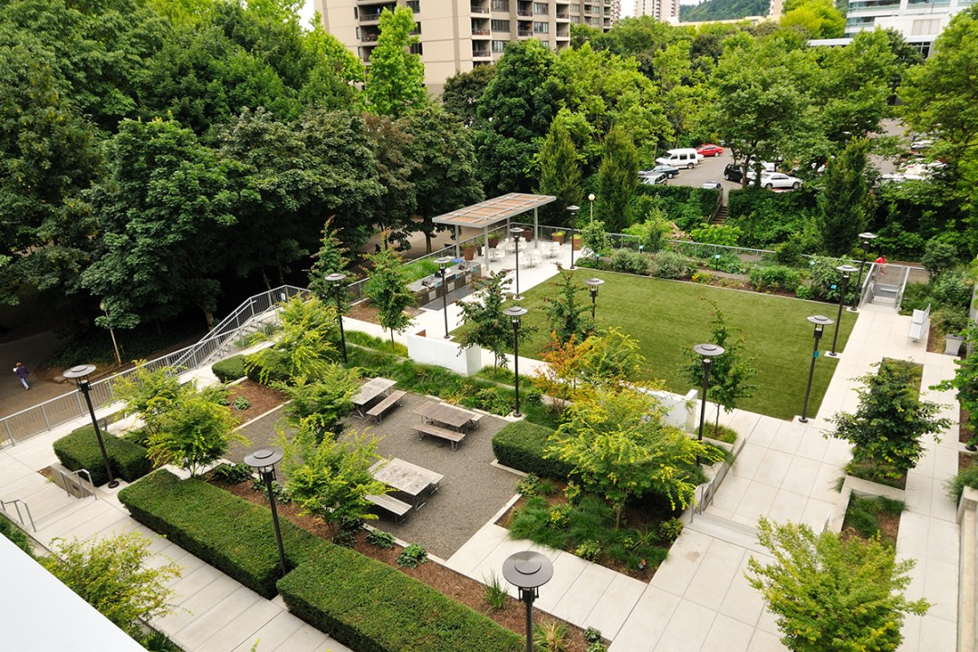 apartment patio area landscape design