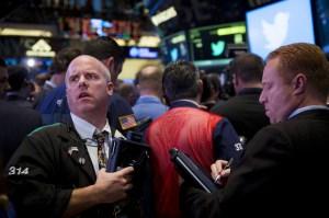 Moody's downgrades Chicago munibonds to junk status...