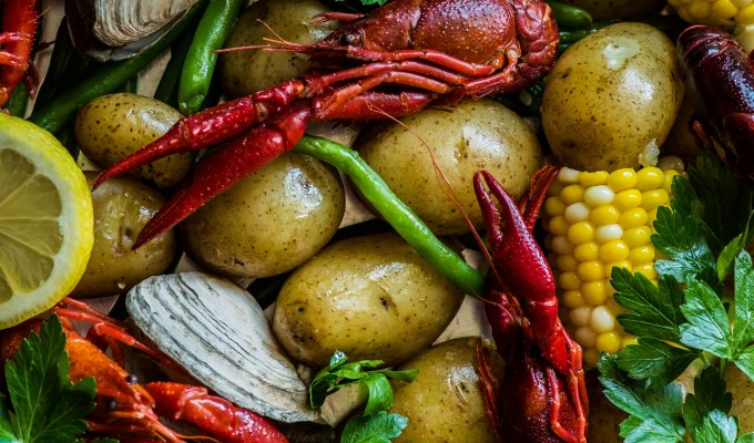 Seafood Boil with Crawfish & Clams