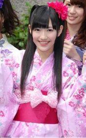 Loving that pink bow, Mayuyu