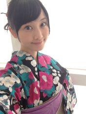 Rena Matsui kimono selfie