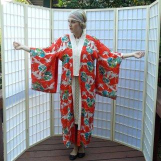 i vant to be alone japanese crane kimono