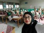 drg. Rahayu Puji Astuti : Komunitas Senyum Anak Indonesia Jalan Menuju Sukses Dunia dan Akhirat