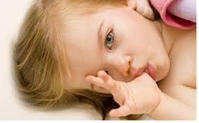 Perihal Kebiasaan Menghisap Ibu Jari yang Perlu Diketahui Orangtua