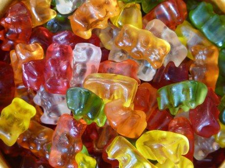 gummi-bears-fruit-gums-bear-sweetness-65240.jpeg