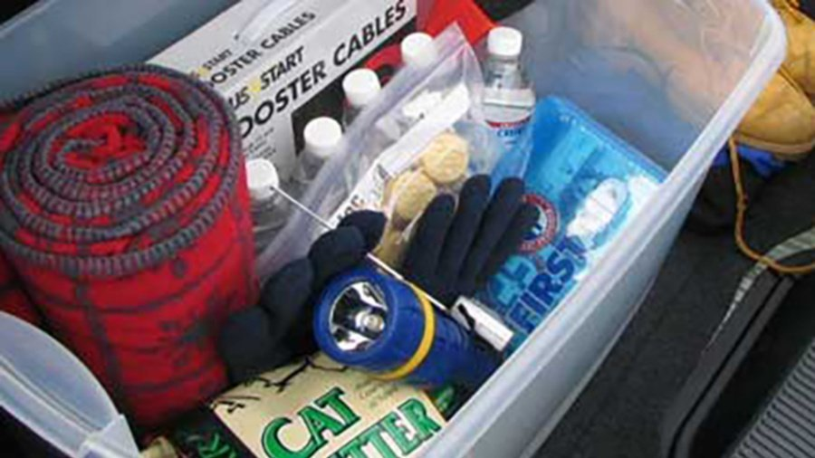 10 Things You Should Have In Your Car At All Times