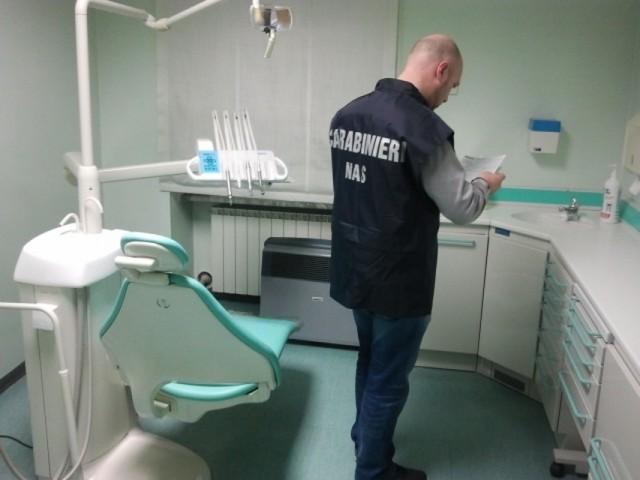Attenzione ai falsi odontoiatri a Brescia e provincia