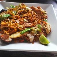 Tofu & vegetable noodles @ Cosmic Bar