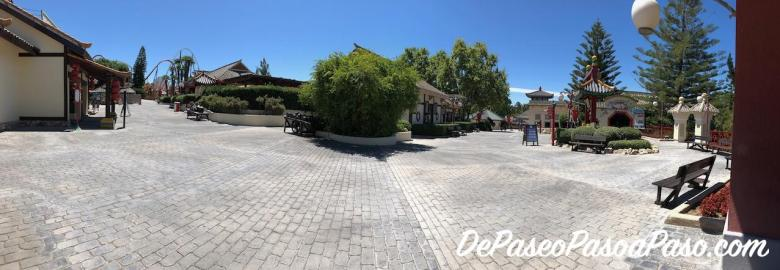 vista del parque PortAventura vacío