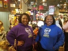 Aubriel Bowen (CMN '12) and Sandra Bowen (LAS MS '05, MED '16) at Cracker Barrel.