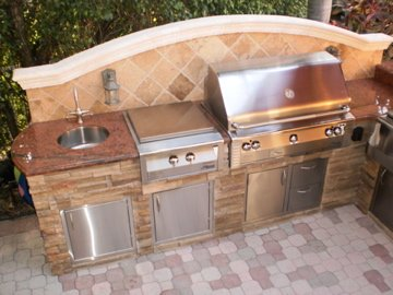The fun, financial and practical reasons to build an outdoor kitchen