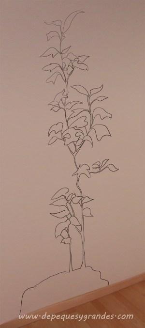 dibujo sobre pared de planta a lápiz