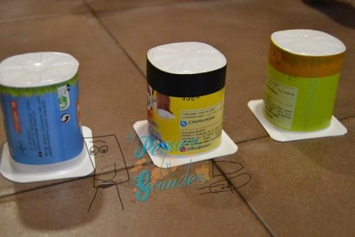 vasos de yogurt para hacer el juego de atención
