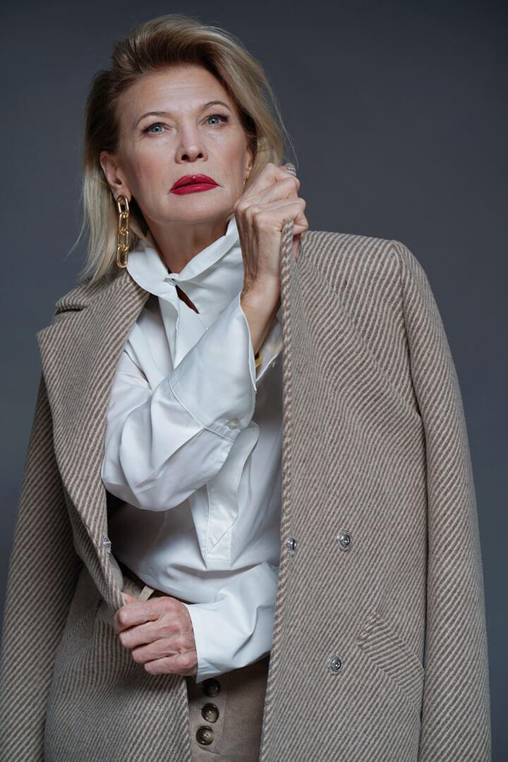 Пальто из 100% шерсти DE palce