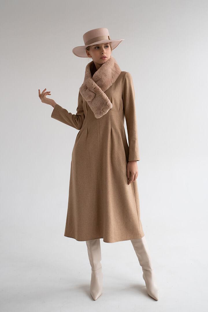 Платье с защипами DEplace