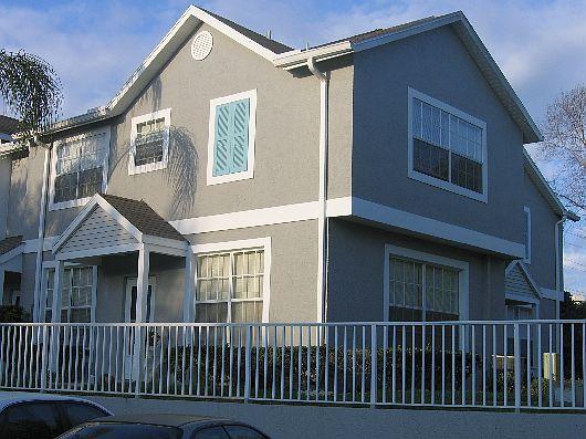 Duplex de 2 pisos y 2 habitaciones