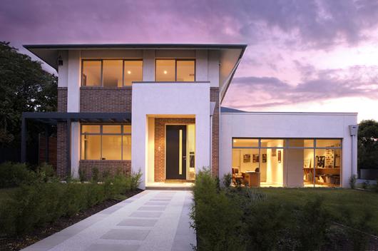 Casa moderna de 4 habitaciones y 391 metros cuadrados for Casas modernas 80 metros cuadrados