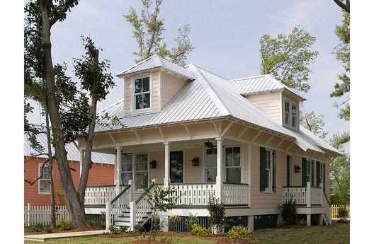 Casa comoda de dos pisos, 3 dormitorios y 131 metros cuadrados