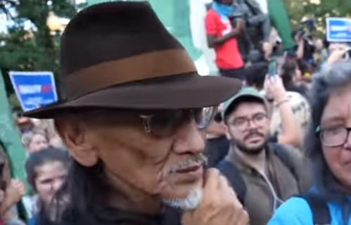 Infowars Reporters Confront Nathan Phillips