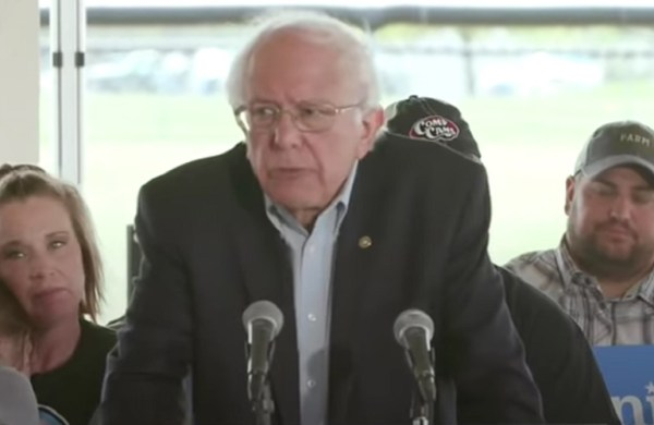 Muslim Caucus of America Endorses Sanders for President