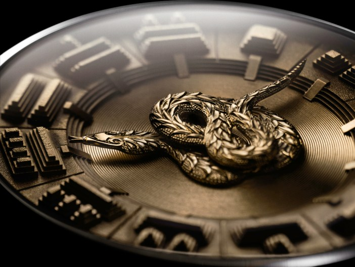 A close up of the Quetzalcoatl. The attention to detail is simply amazing.
