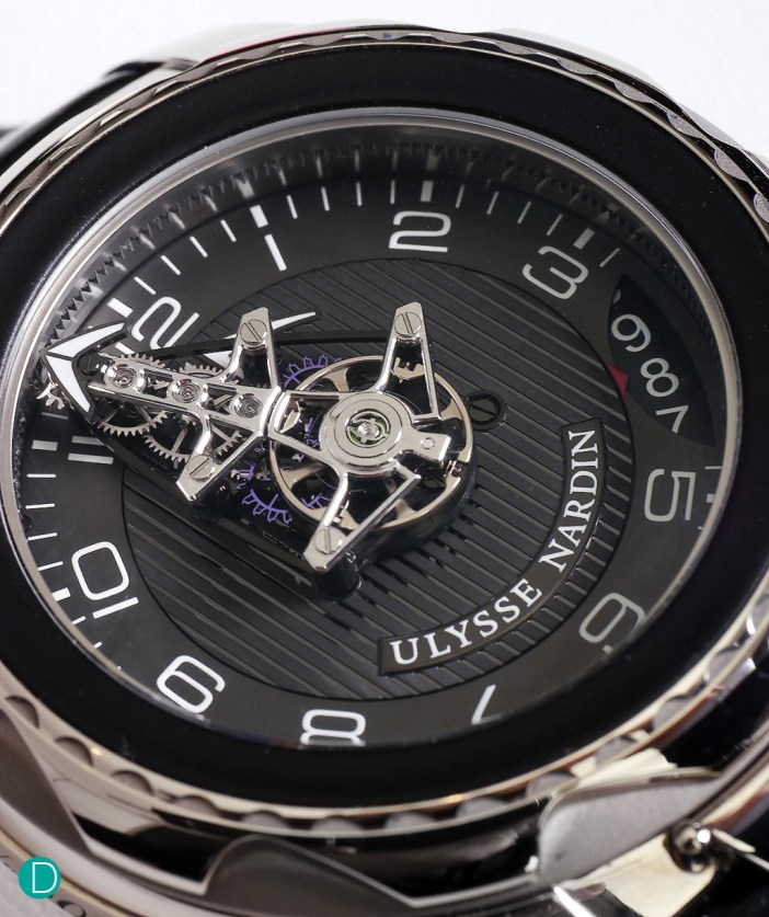 UN FreakLab, showing the dial and the redesigned floating movement which turns on its own axis.
