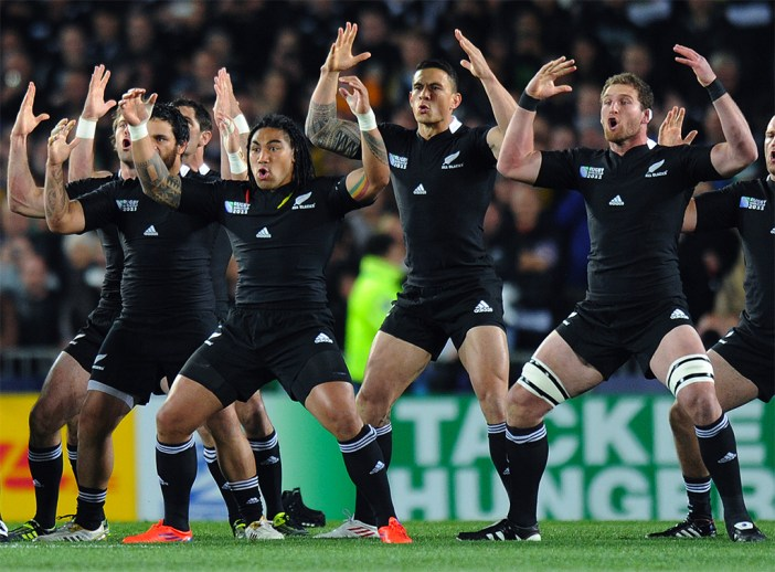 New Zealand All Blacks perform the Haka during the 2011 Rugby World Cup semi-final match Australia vs New Zealand at Eden Park Stadium in Auckland on October 16, 2011. AFP PHOTO / GREG WOOD