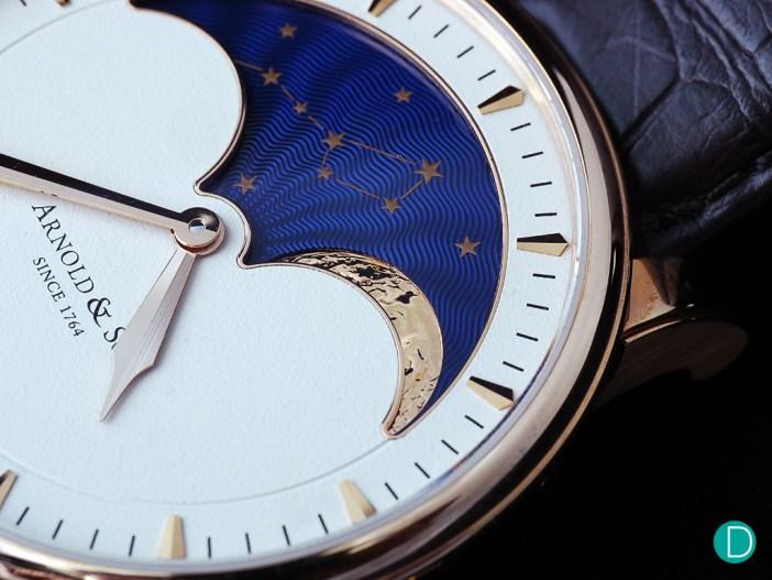 arnold-moon-dial